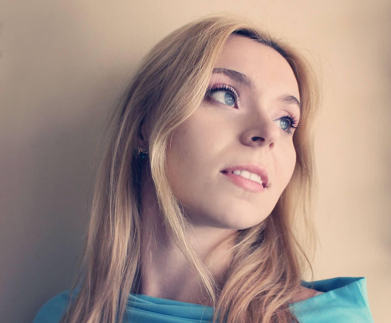 Makijażystka i wizażystka Karolina Kałyszewska