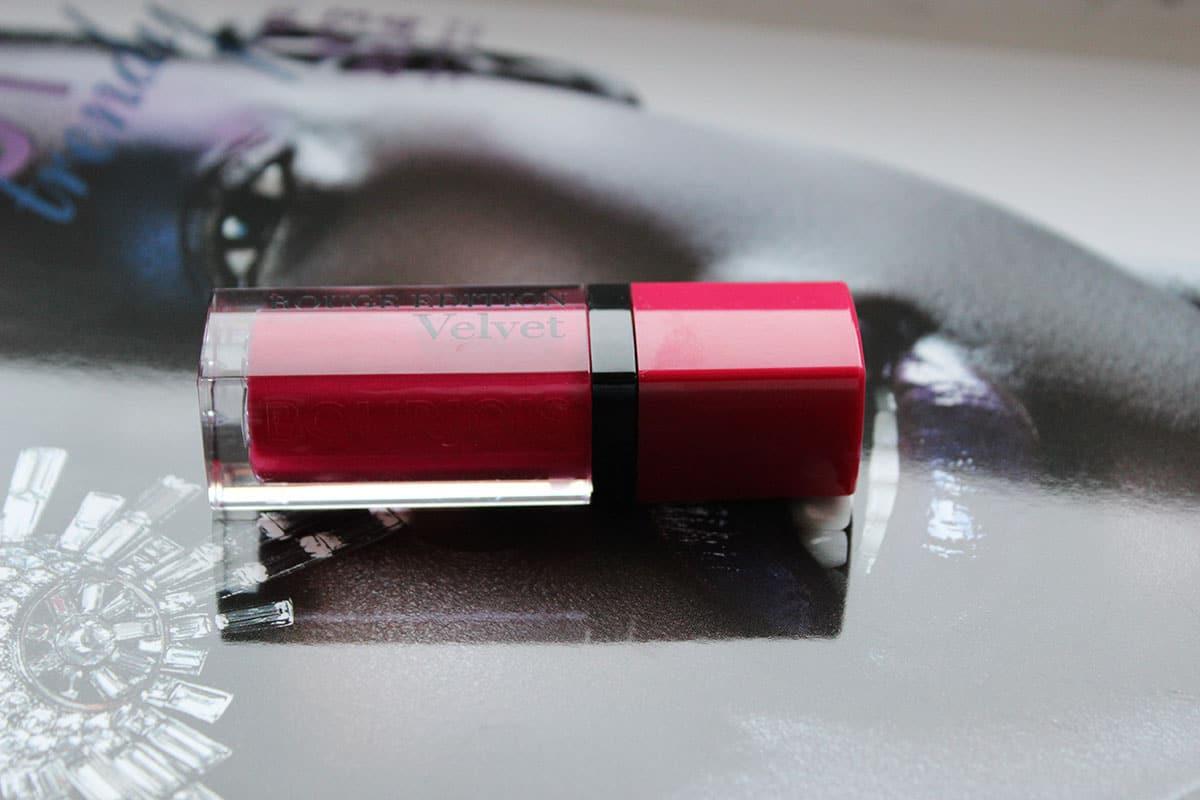 Rouge Edition Velvet od Bourjois według mojej opini