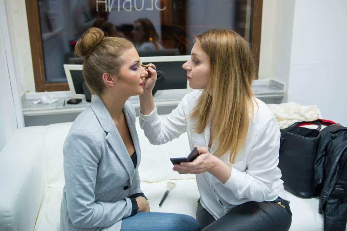 Makijaż fotograficzny na sesję zdjęciową w studio.